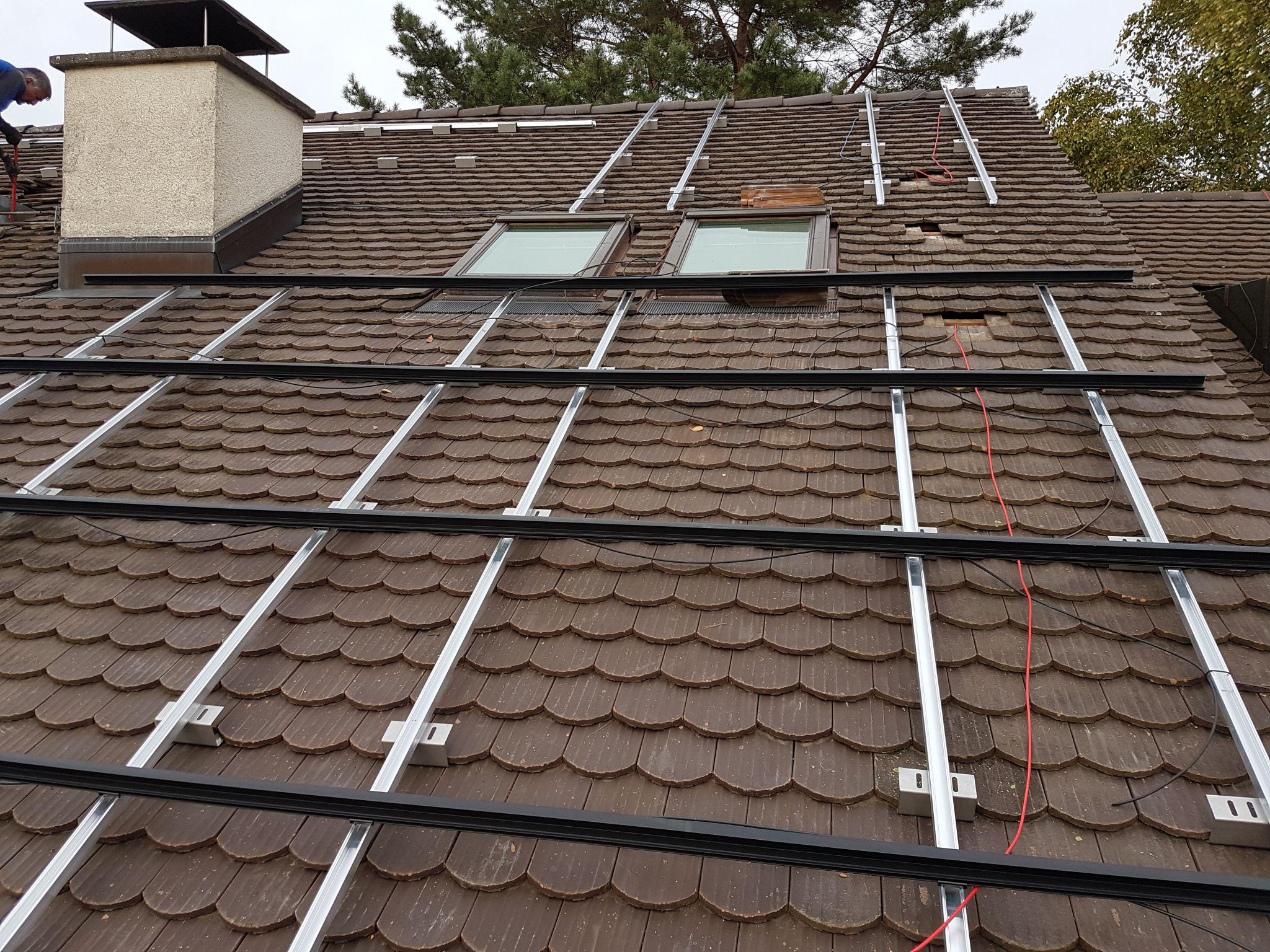 Konstruktion auf dem Dach